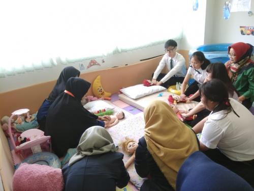 Kunjungan-dari-Faculty-of-Medicine-Siriraj-Hospital1-1